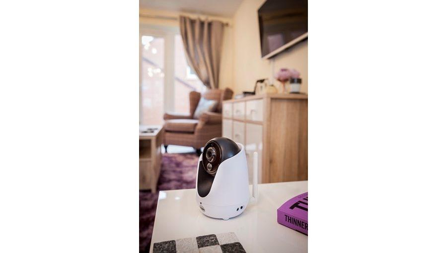 Yale Home View PTZ WiFi Camera-2708